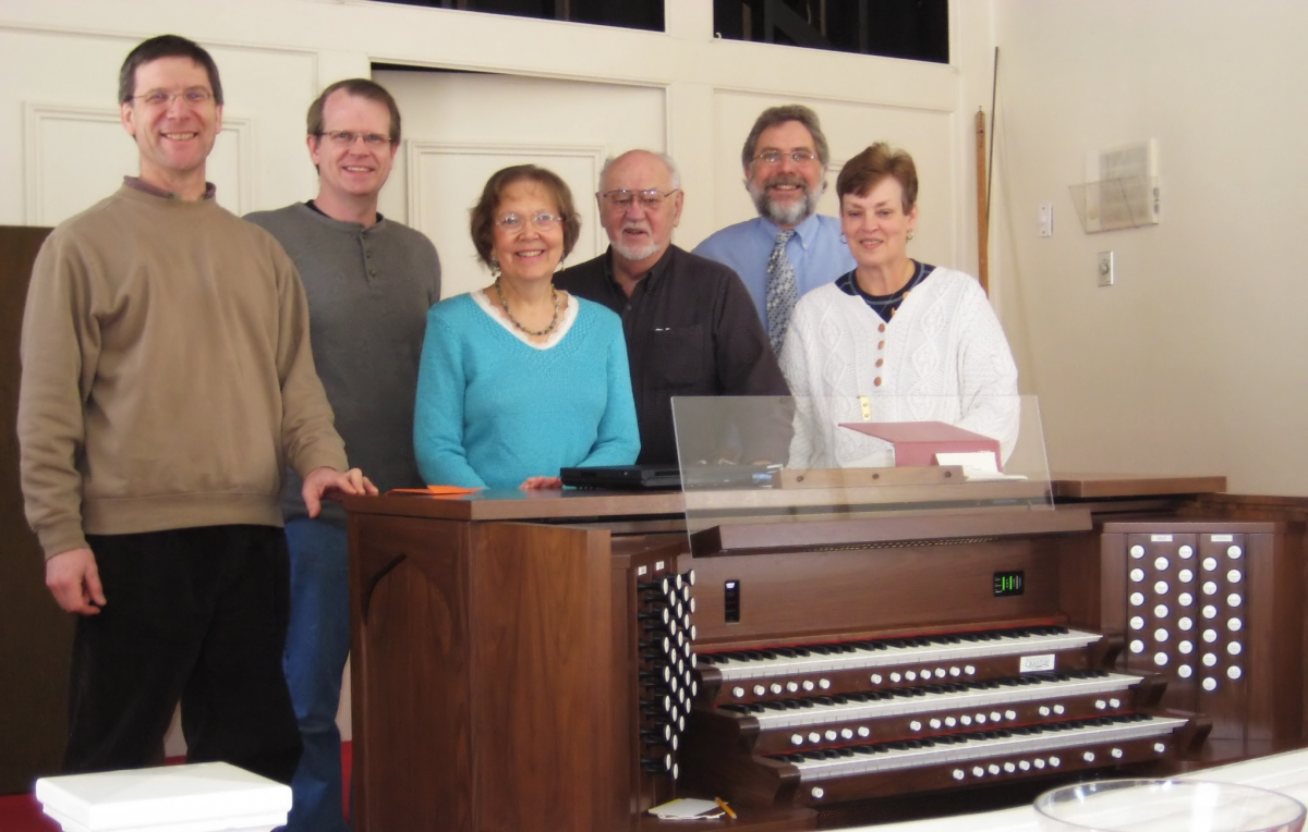 Deep River Congregational Church, Deep River, CT - THREE MANUAL  Three manual Quantum series Q-300 draw knob console with 38 stops and full MIDI implementation with Vista and EAC Audio